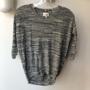 Aritzia Wilfred Grey 3/4 sleeve top Xxs